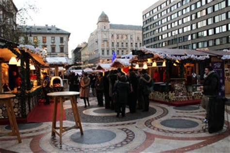 christmas trading hours at erina fair markets in budapest 2018 a up of the top festive fairs with opening hours