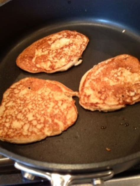 banana cottage cheese oatmeal pancakes recipe
