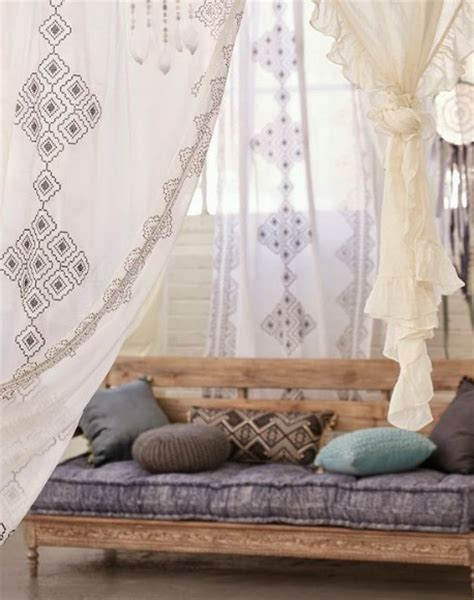Moroccan Style Curtains 5 Styles For Your Living Room From Boho To Industrial