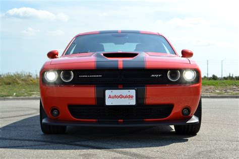 challenger review 2016 dodge challenger srt 392 review autoguide news