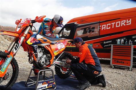 Ktm Farioli Auto by Ktm Enduro Racing Team Is Ready For 2017 Season