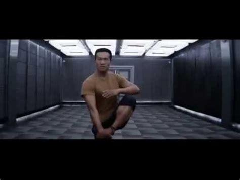 film iko uwais dengan keanu reeves aksi iko uwais keanu reeves di man of tai chi youtube