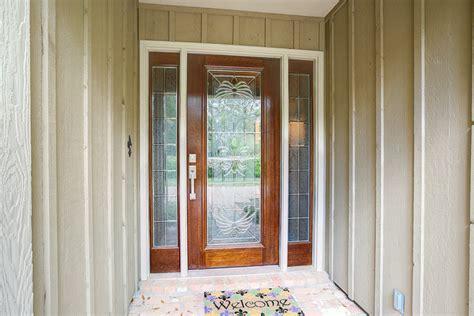 New Orleans Fleur De Lis Doors Offer A Fresh Start Doors Fleur De Lis Front Door