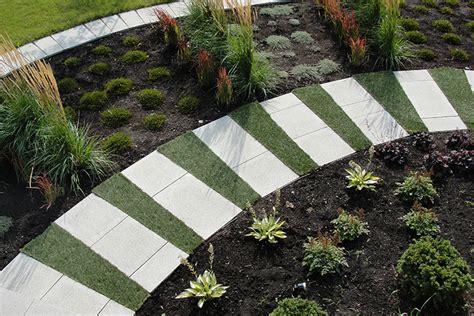 Modern Landscaping & Garden in Ville St Laurent   Montreal