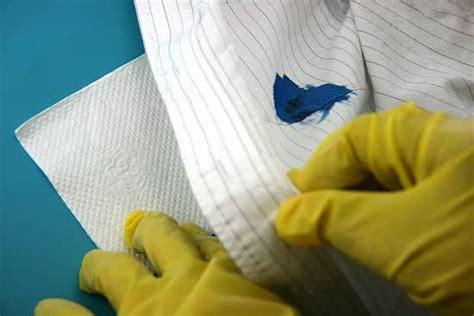 enlever auréole canapé tissu 4 astuces pour enlever une tache d encre