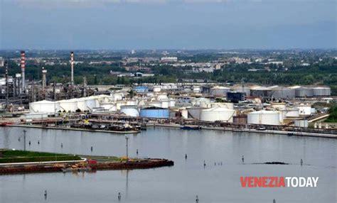 porto di marghera progetti per il rilancio di porto marghera una rotonda in