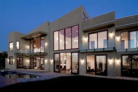 rihanna s home in beverly california los angeles