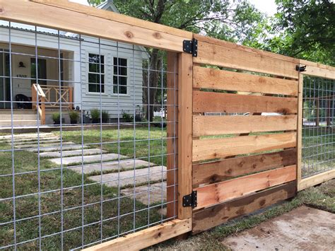 Garage Dog Kennel by Bull Panel Horizontal Wood Fence