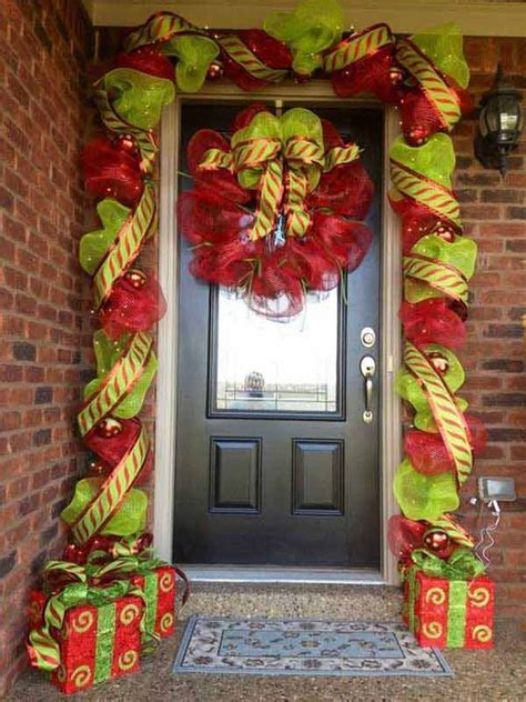 inspiring christmas front door decoration ideas trendy