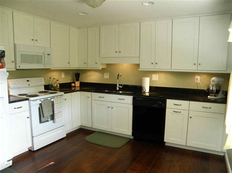 Kitchen Paint Colors With White Cabinets And Black Granite Black Countertops White Cabinets Blue Walls Deductour
