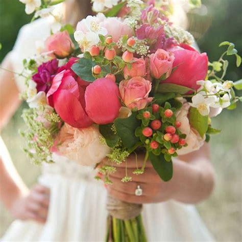 il significato dei fiori regalare il fiore giusto per ogni intenzione o ricorrenza