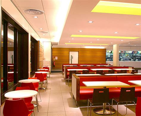 Mcdonald Interiors by Mcdonald S Redesign A New Era For Fast Food Restaurants