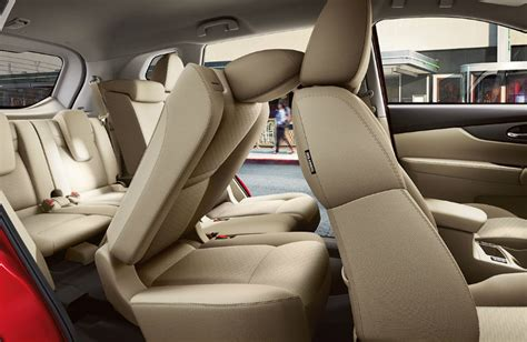 2017 nissan rogue interior 3rd row 2017 nissan rogue versatility and capability