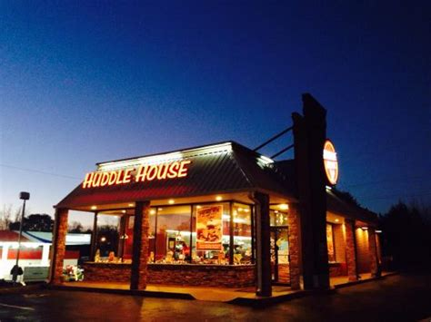 huddle house cleveland ga huddle house diner 15 old blairsville hwy in cleveland ga tips and photos on