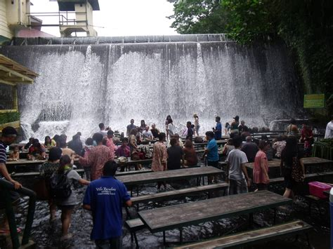 villa escudero waterfalls restaurant the waterfall restaurant san pablo philippines world