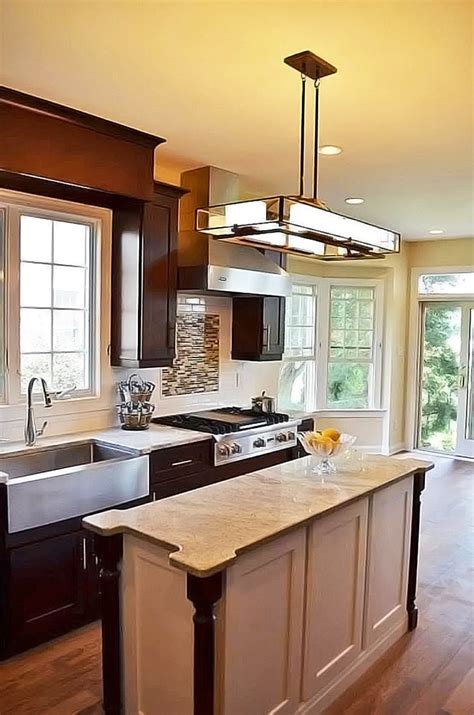 kitchen remodeling contractor in cabinets countertops