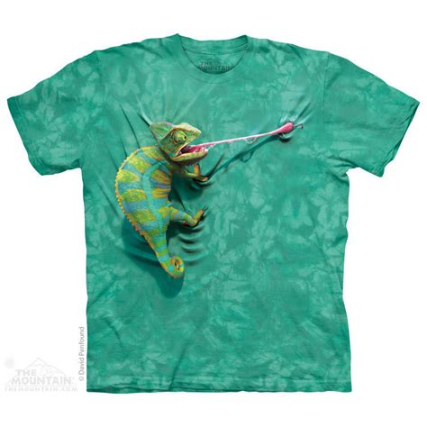 Tees Be To Animals the mountain climbing chameleon nature animal camouflage t