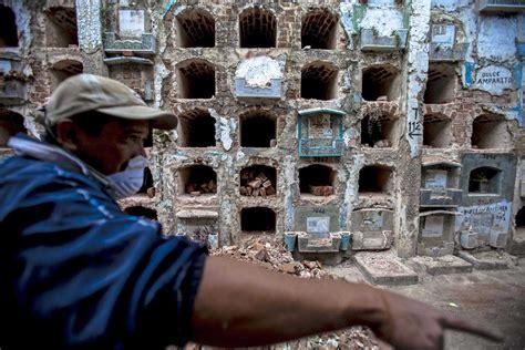 imagenes niños abandonados el jard 195 173 n de los ni 195 177 os olvidados plaza p 195 186 blica