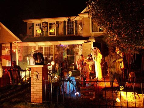 homes decorated for halloween halloween themed houses home desirable