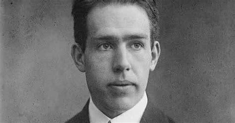 biografi adalah dan autobiografi adalah biografi niels bohr penemu teori struktur atom ilmu