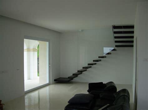 scale interne sospese scale a giorno per interni scale in acciaio scale in