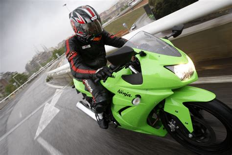 Motorrad Lederkombi Kawasaki by Kawasaki 250r Testbericht