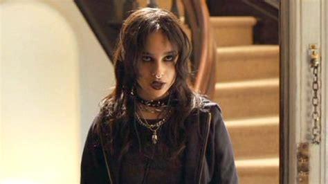 actress zoe kravitz why this actress zoe kravitz looks so familiar