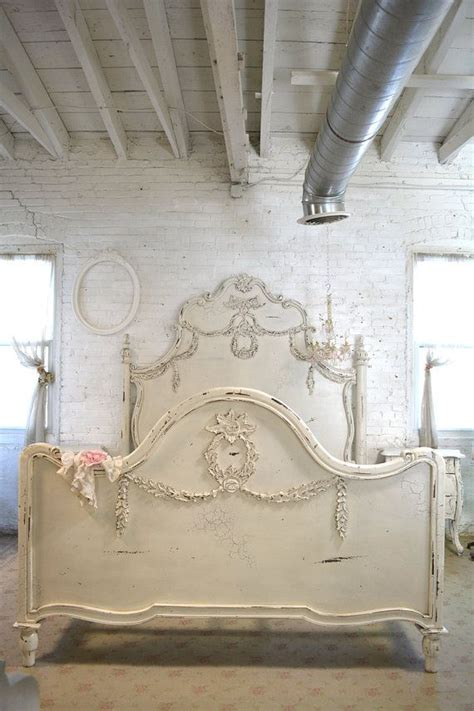 shabby chic queen headboard 25 best ideas about shabby chic headboard on pinterest
