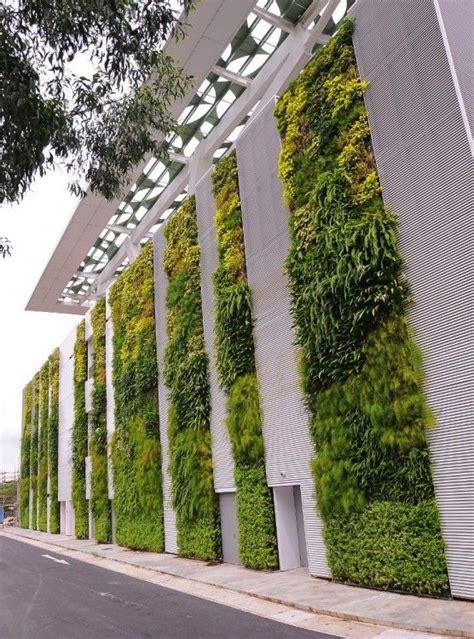 Vertical Garden Facade 25 Best Ideas About Living Walls On Living
