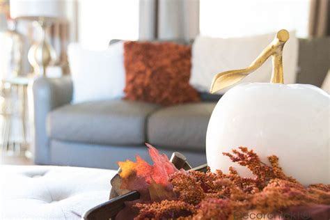 easy fall decorating updates and a giveaway finding fall decorating and a giveaway decorchick