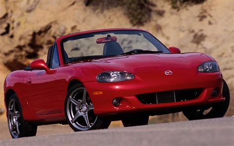 mazda miata cover covered mazda mx 5 miata motor trend covers from 1989 present