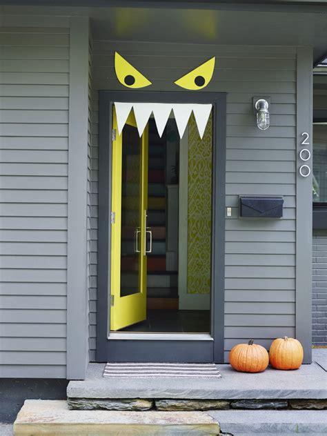 Diy Front Door Welcome With Diy Front Door Decorations The Columbian