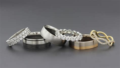 Wedding Bands Metals by Wedding Band Metals To Mix Or To Match Your Engagement Ring