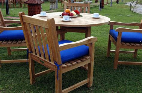 wooden garden table and bench set round wooden garden table and 4 chairs nytexas