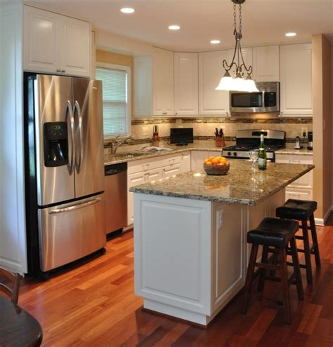 Remodeled Kitchens With White Cabinets Kitchen Remodel White Cabinets Tile Backsplash Undercabinet Lighting Island Traditional