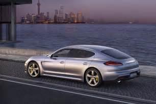 What Does Porsche 2014 Porsche Panamera 2