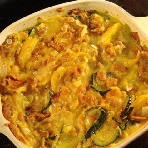 easy summer squash casserole food pinterest