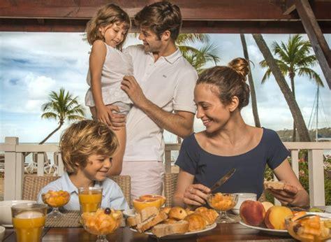 cosa portare in vacanza al mare vacanza al mare con bambini cosa portare club med magazine