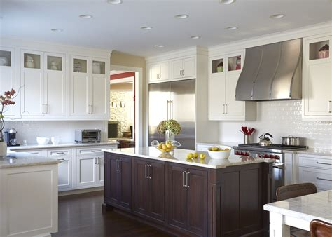Cleaning Kitchen Cabinet Doors North Shore Transitional Kitchen Better Kitchens