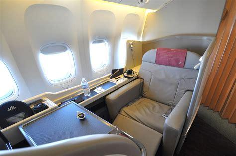 Miniatur Pesawat Emirates Airlines Boeing B777 300er Medium Size file jal class suite 777 300er jpg wikimedia commons