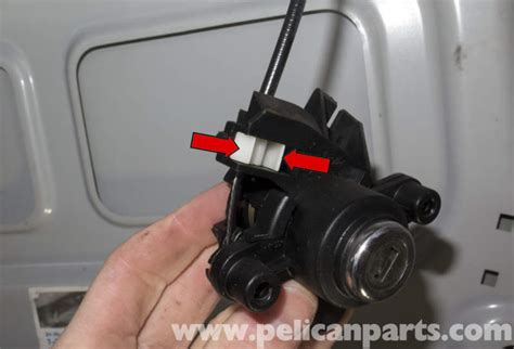 how to install replace trunk lock cylinder key honda pelican technical article bmw z4m trunk lock cylinder and latch replacement