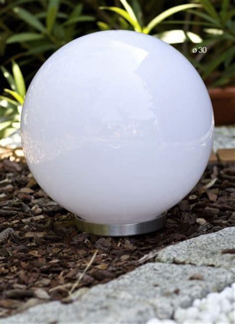 le solaire boule jardin boule solaire jardin de balisage bt 30 cm boule balise