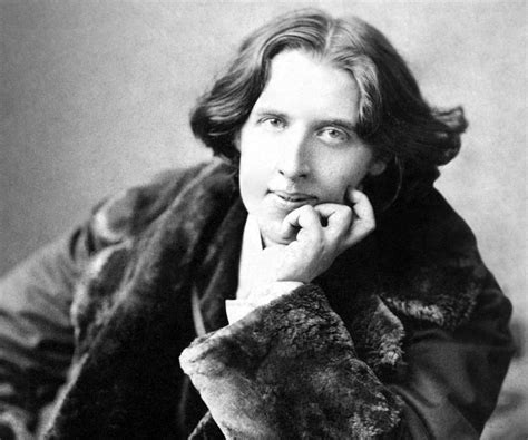 oscar wilde biography facts childhood family