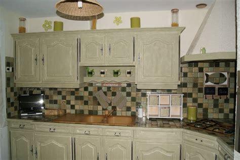 comment repeindre meuble de cuisine fabulous repeindre meuble de cuisine en bois on decoration
