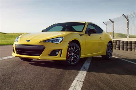 subaru brz front subaru brz reviews research new used models motor trend