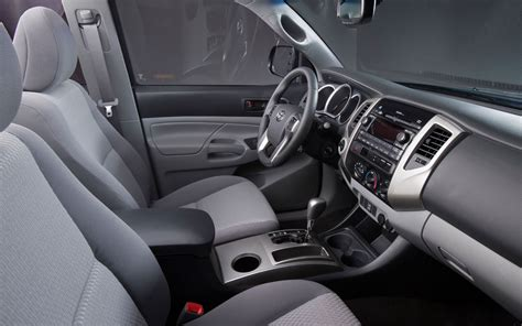 Toyota Tacoma 2013 Interior by 2013 Toyota Tacoma Interior Photo 4