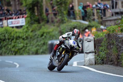 Motorradvermietung Isle Of Man by Metzeler Dominiert Bei Der Isle Of Man Tt 2015 Motorrad News