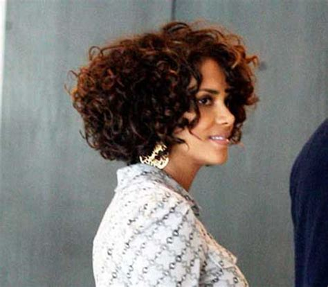 halle berry bob cut hairstyles best bob cuts for curly hair short hairstyles 2017