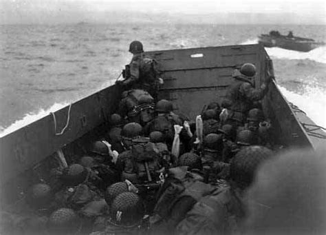 the americans at d day the american experience at the normandy books 1944 robert capa american soldiers landing on omaha