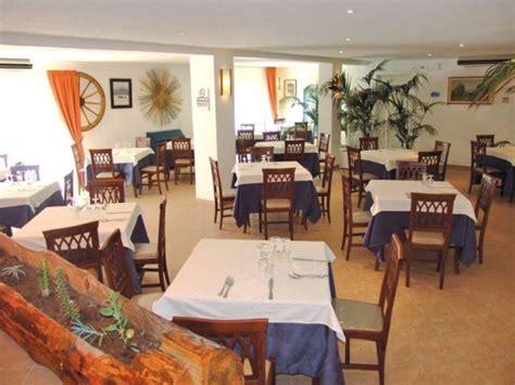 kalos hotel giardini naxos hotel kalos giardini naxos 131 900 ft t 243 l